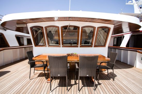 MS Captain Bota Sundeck
