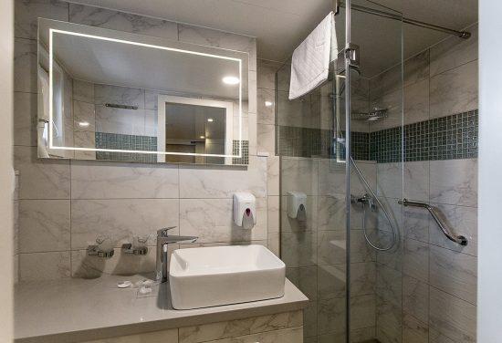 MS Ave Maria_Bathroom