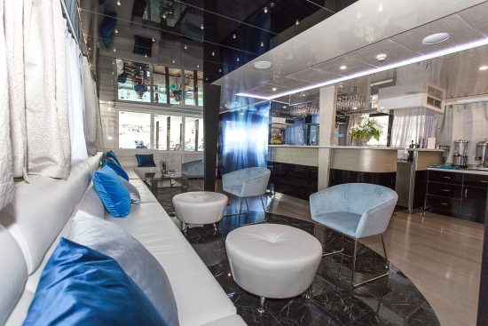 MS Ave Maria_Lounge Bar